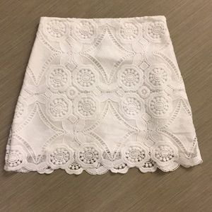 Abercrombie & Fitch white lace mini skirt 2